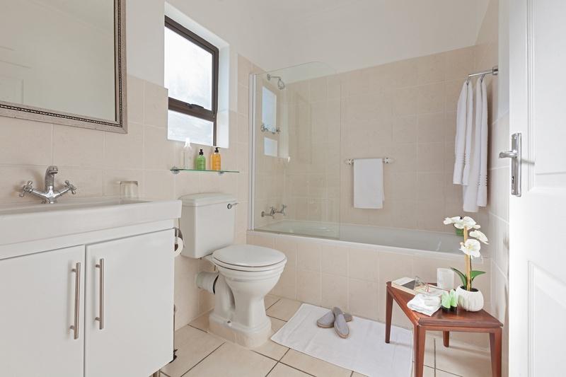 bathroom vacation rentals in cape town paperbark manor