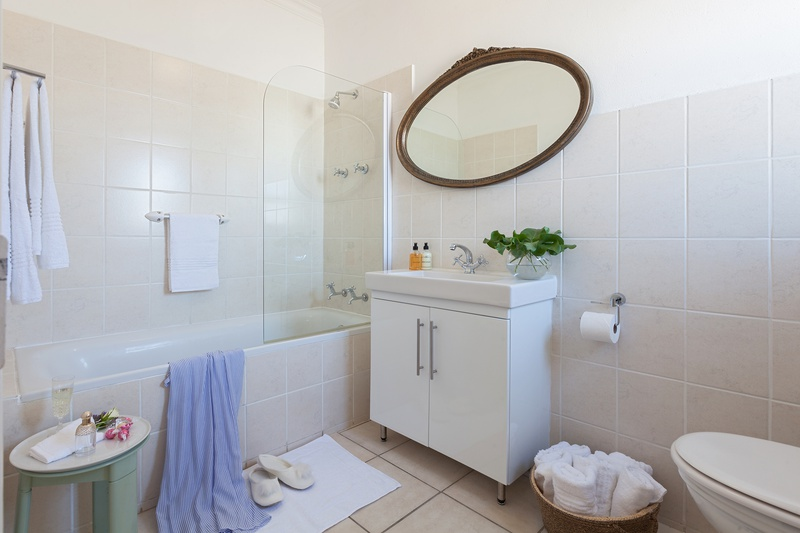 shower holiday accommodation in cape town paperbark manor