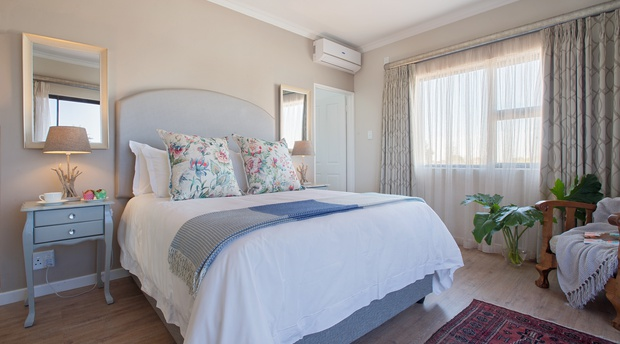 vacation rentals in cape town paperbark manor
