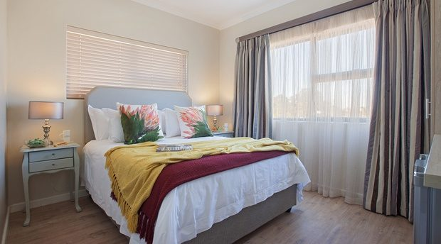 affordable holiday accommodation in cape town